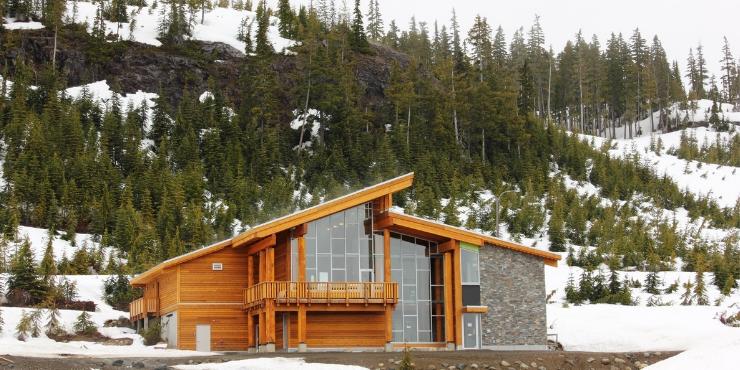 mt washington alpine resort on vancouver island
