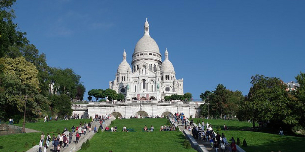 montmartre a must see when visiting-paris-france-for-the-first-time