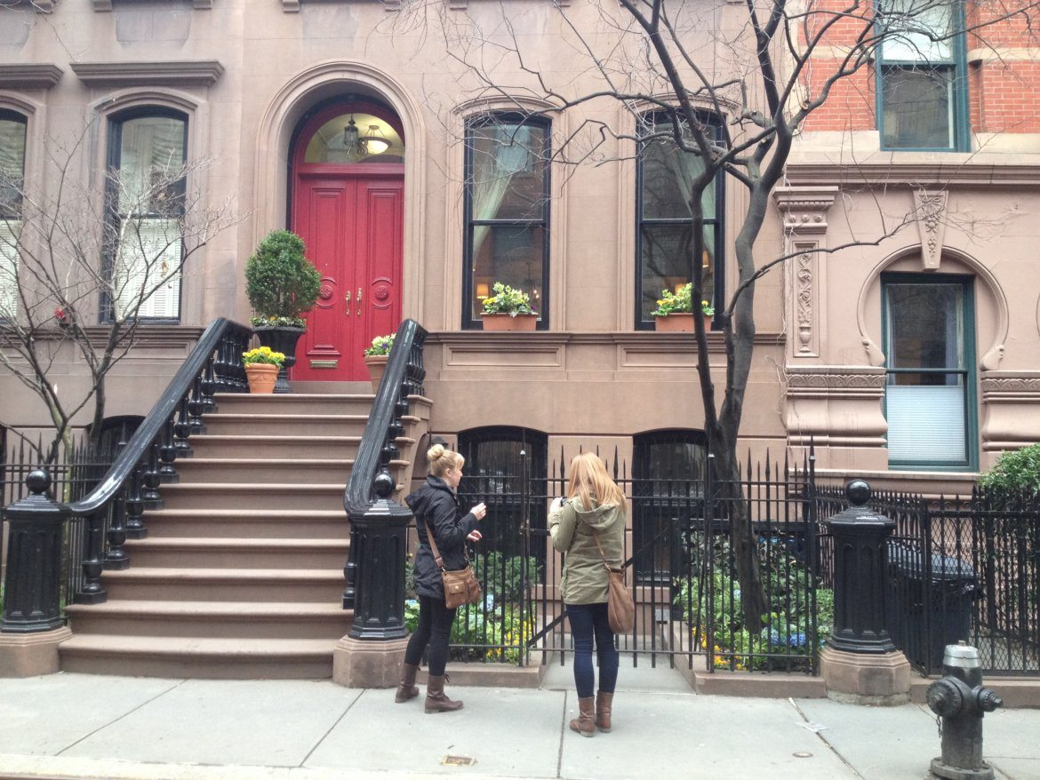 Sex and the city tour - famous building where Carrie lived