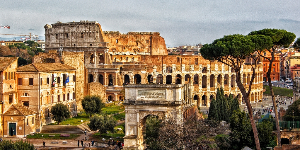 5 reasons to visit Rome Italy