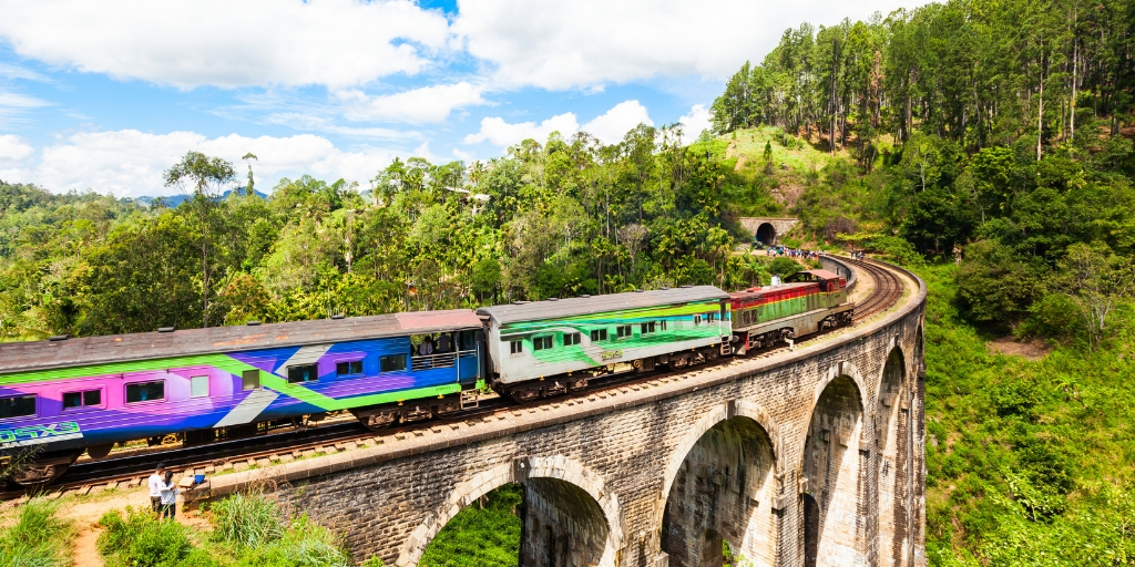 A guide to two beautiful Sri Lanka train journeys