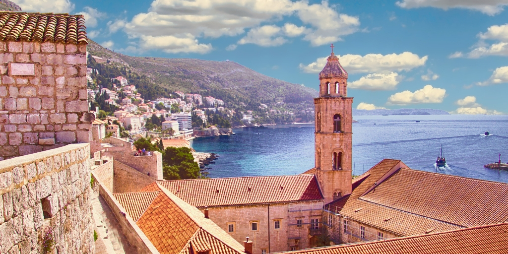 harbour and walls of dubrovnikBest things to do in Dubrovnik featured by international travel blog, Tracy's Travels in Time