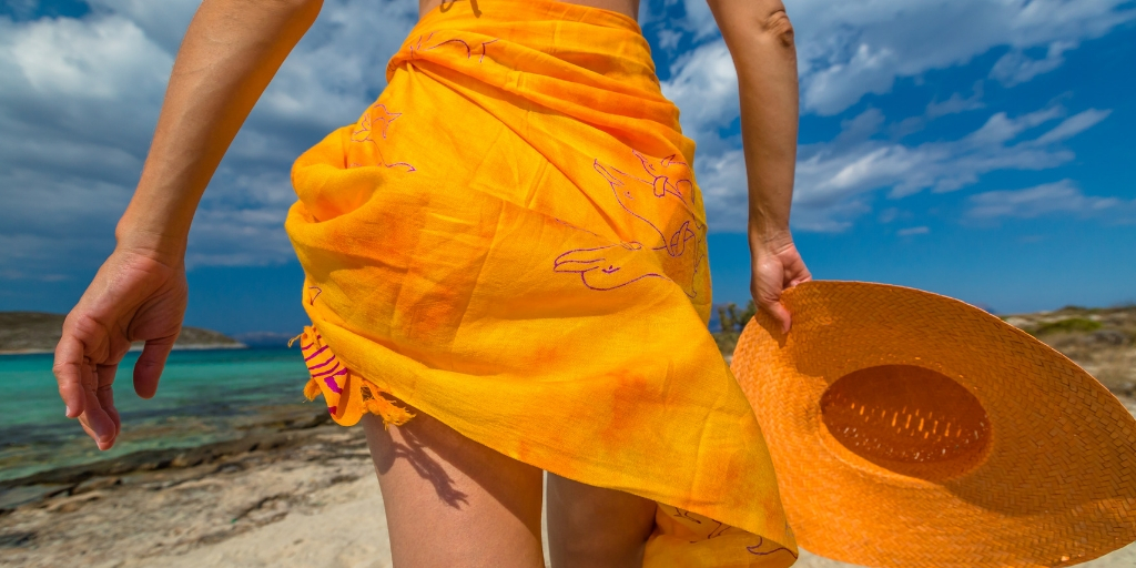 8 reasons why you can't go wrong with a sarong!