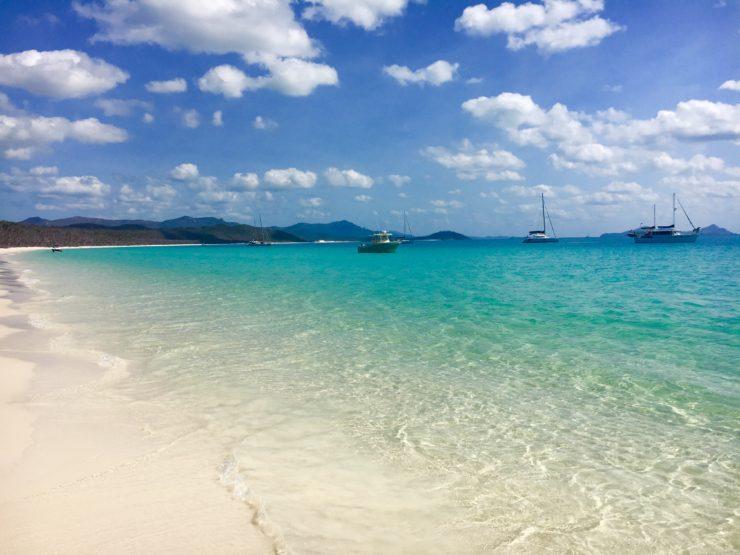 visiting whitehaven beach on the whitsundays