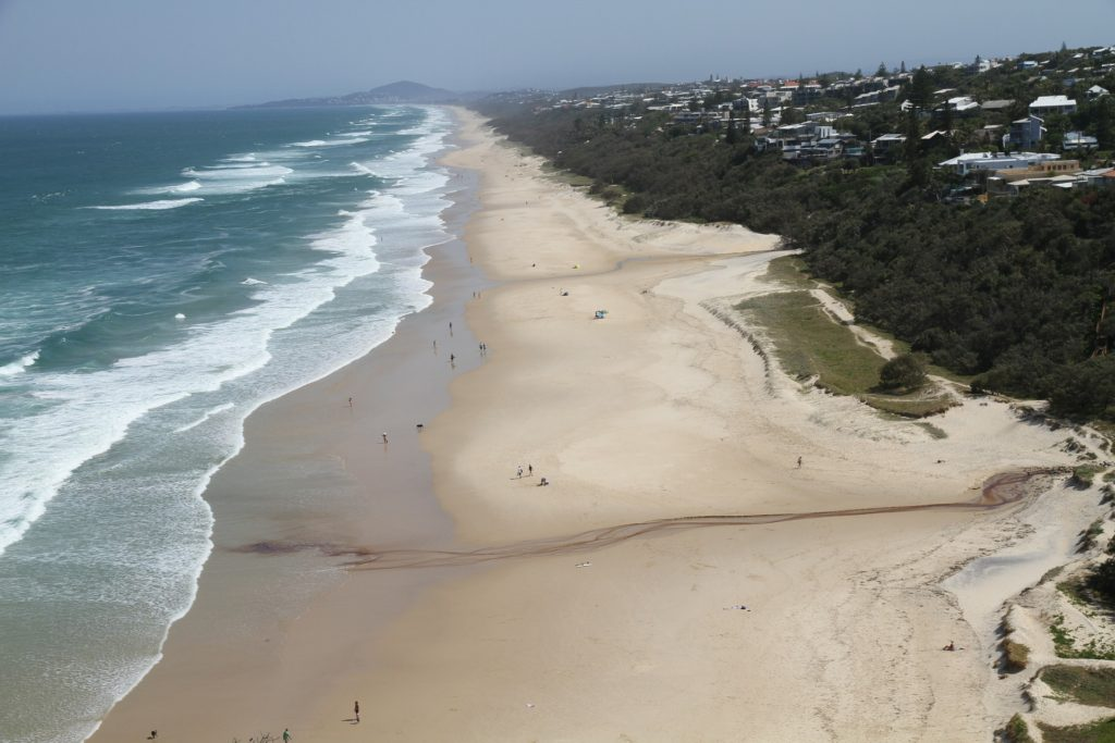   The Best Things to Do in Queensland Australia featured by top international travel blogger, Tracy's Travels in Time: Beach at Noosa in Queensland