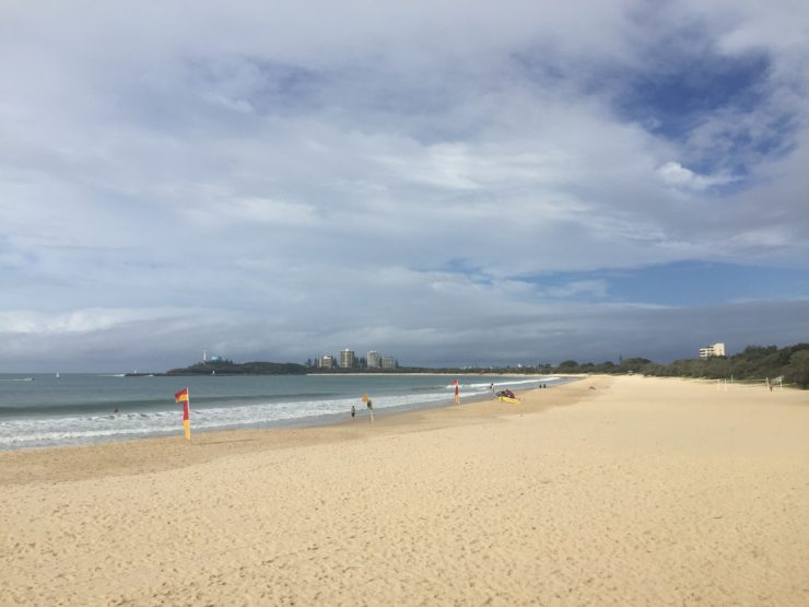 | The Best Things to Do in Queensland Australia featured by top international travel blogger, Tracy's Travels in Time: Mooloolaba Beach