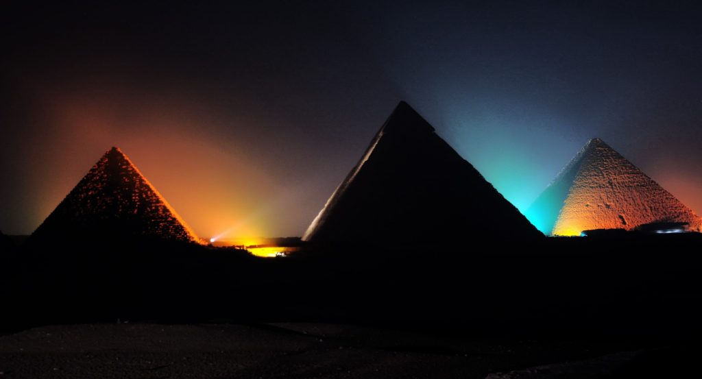 LIGHT SHOW GIZA PYRAMIDS