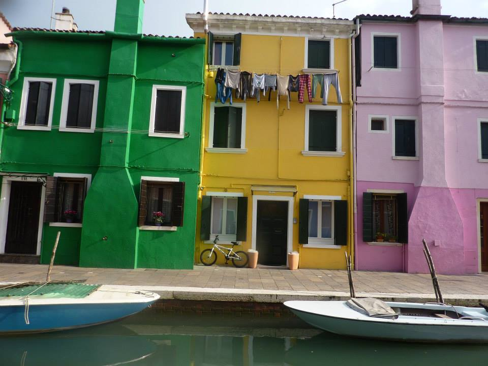 coloured-houses-on-burano