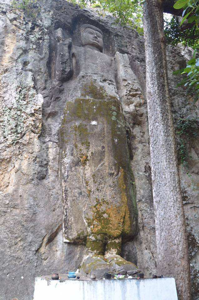 dosa-rock-temple-sri-lanka