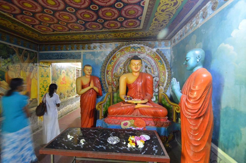 dowa-rock-temple-2