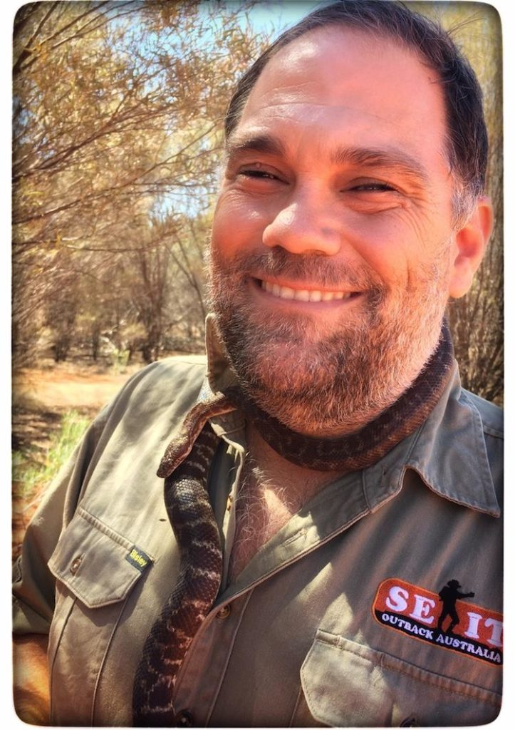 Gary from Seit Outback Tours on our bushtucker tour