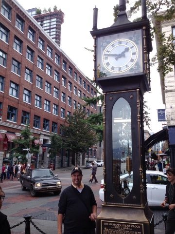 Gastown steam clock things to do and see in 3 days in Vancouver