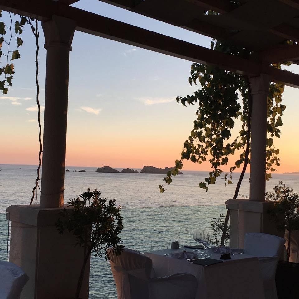 What a view to enjoy while you eat your mealBest things to do in Dubrovnik featured by international travel blog, Tracy's Travels in Time