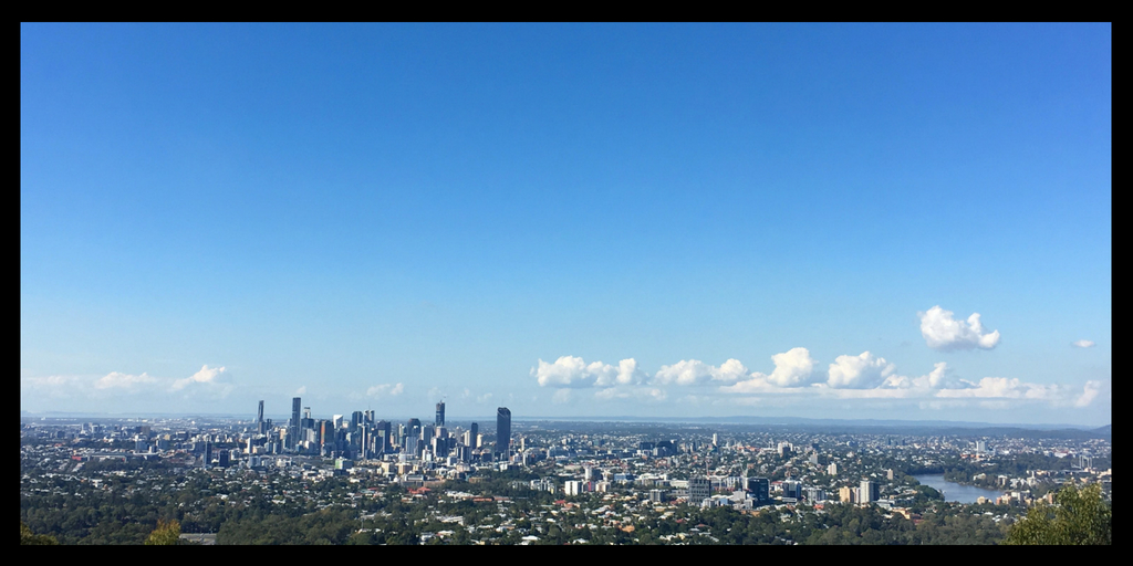Brisbane skyline | things about Australia to love featured by top international travel blog, Tracy's Travels in Time