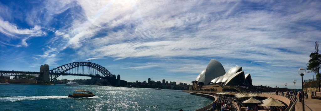 101 Things to Know When Visiting Australia featured by top international travel blogger, Tracy's Travels in Time: Sydney skyline - AUSTRALIA TRAVEL GUIDE