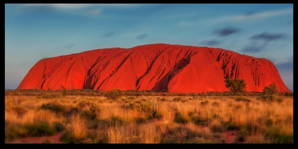 uluru| things about Australia to love featured by top international travel blog, Tracy's Travels in Time