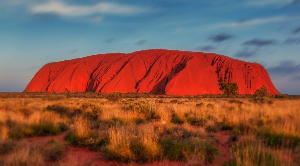 101 Things to Know When Visiting Australia featured by top international travel blogger, Tracy's Travels in Time: uluru at sunrise