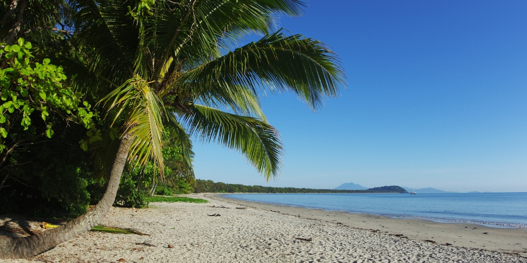 4 mile beach in Port Douglas - things to do in Port Douglas