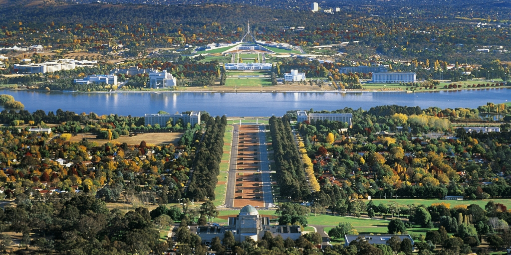 101 Things to Know When Visiting Australia featured by top international travel blogger, Tracy's Travels in Time: Canberra