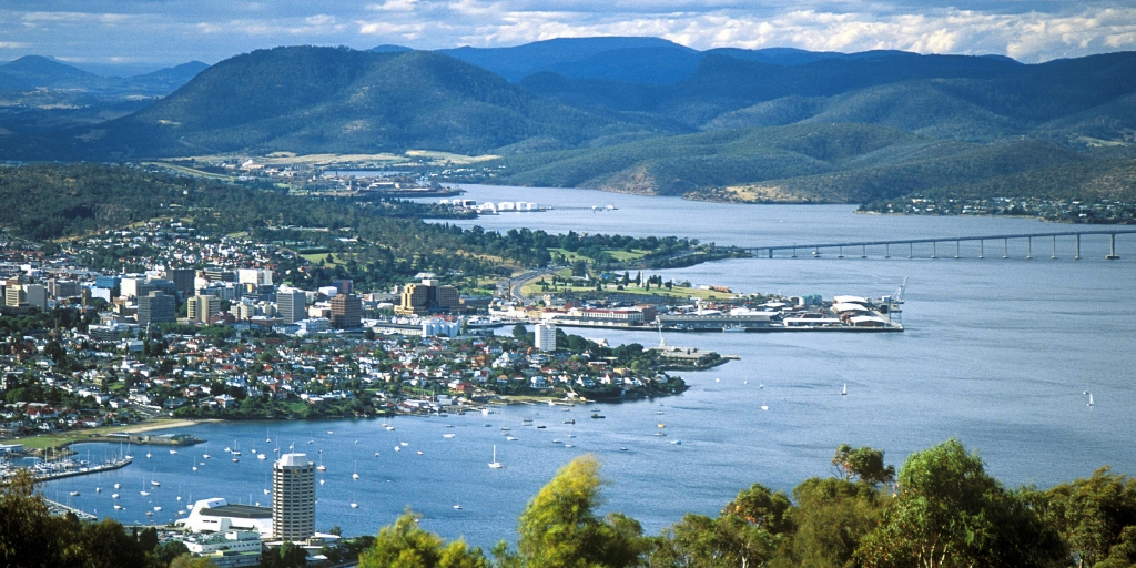 101 Things to Know When Visiting Australia featured by top international travel blogger, Tracy's Travels in Time: Hobart