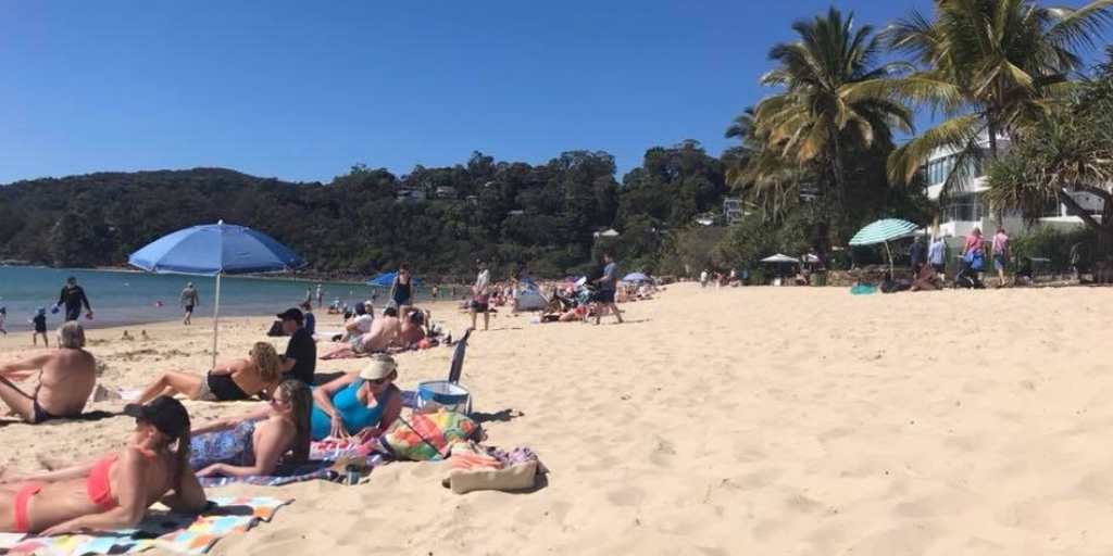 101 Things to Know When Visiting Australia featured by top international travel blogger, Tracy's Travels in Time: Noosa main beach