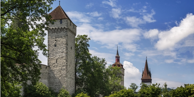 The Best Things to do in Lucerne Switzerland featured by top international travel blogger, Tracy's Travels in Time: Musegg Wall