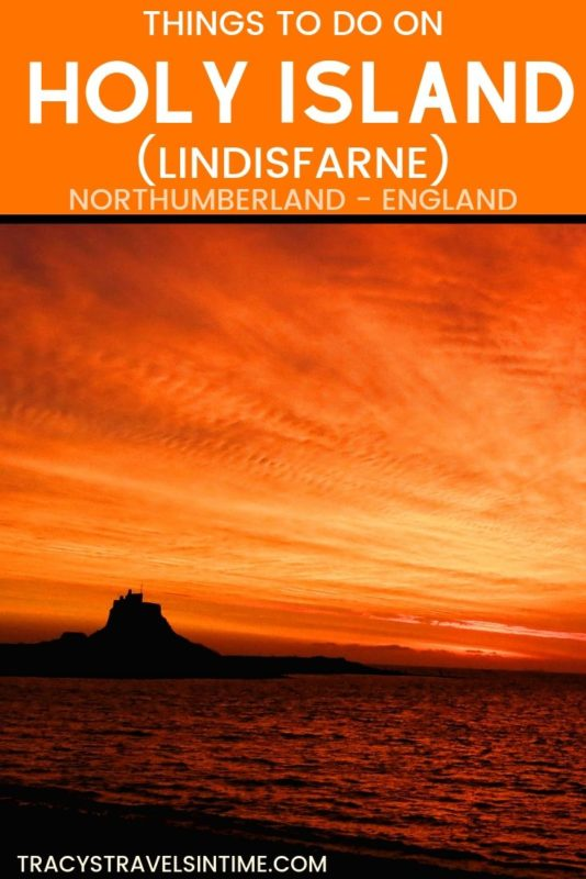 A guide to visiting the Holy Island of Lindisfarne in Northumberland England #Lindisfarne #travel