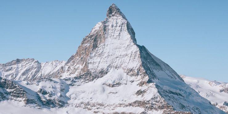 Switzerland scenic train journeys - beautiful Swiss mountains