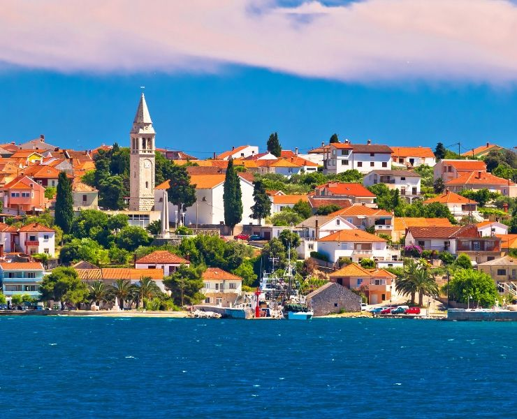 A Complete Guide to How and Where to Travel in Croatia by Ferry or Catamaran featured by top international blogger, Tracy's Travels in Time
