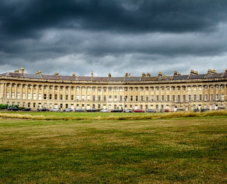 The Royal Crescent should be on your list of things to do in Bath