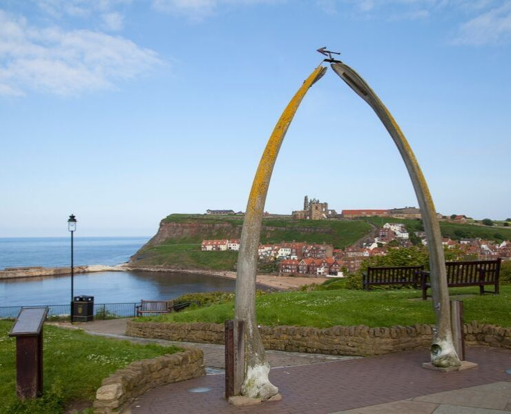 The Best Things to Do in Whitby featured by top international travel blogger, Tracy's Travels in Time: the Whalebone Arch