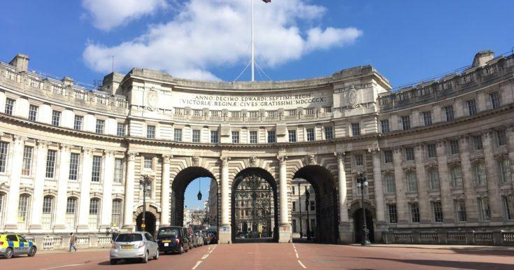The Crown Walking Tour of London