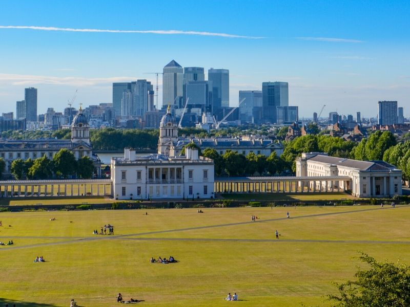 A view of Queen's House in Greenwich and the skyline of Canary Wharf