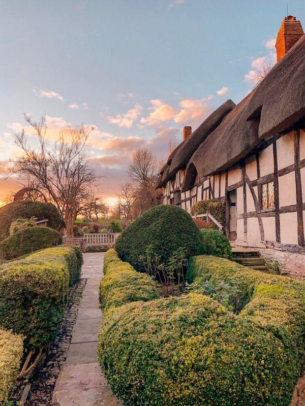 Anne Hathaway's Cottage in Stratford