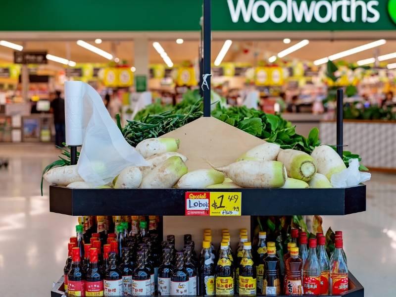 Australia Woolworths shop