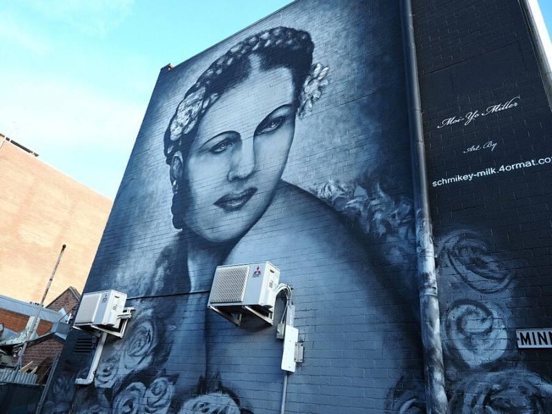 a wall mural of Moi-Yo Miller a Geelong born entertainer