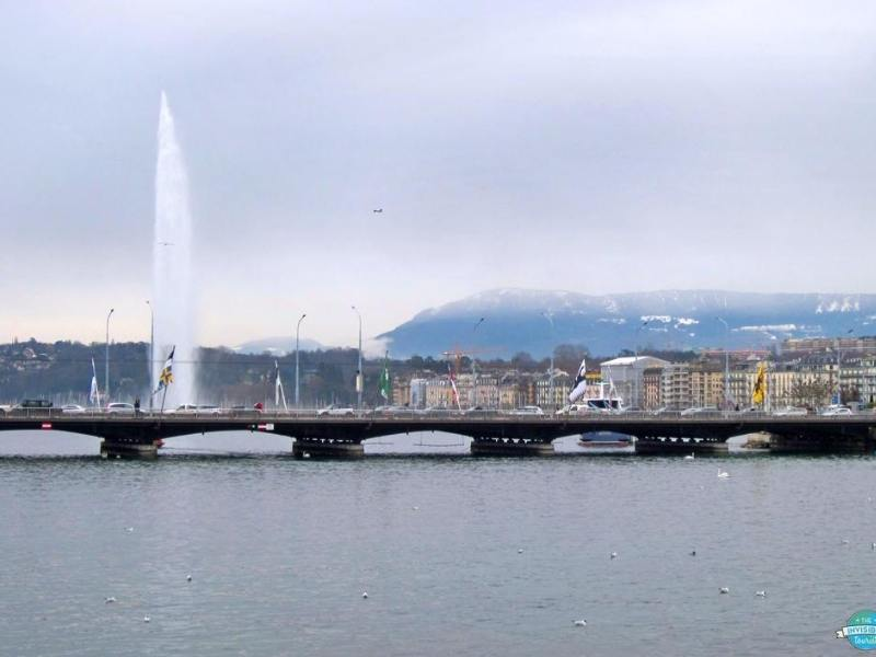 A picture of the jet d'eau in Geneva one of the best cities to visit in Switzerland