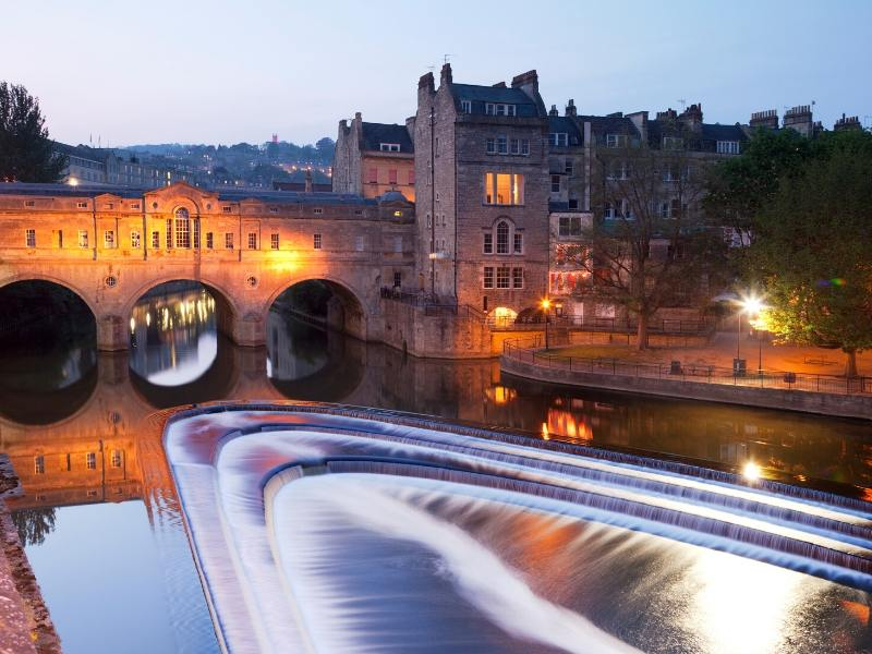 Bridge in Bath England at night