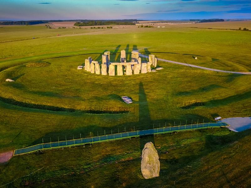 Stonehenge in Wiltshire is easily reached if you are planning day trips from London by train