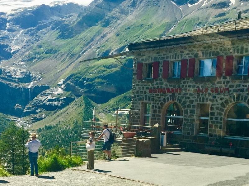 Alp Grum people admire the scenery