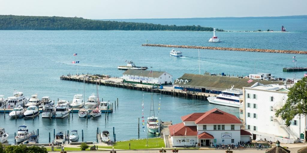 Free things to do on Mackinac Island (& best tips)