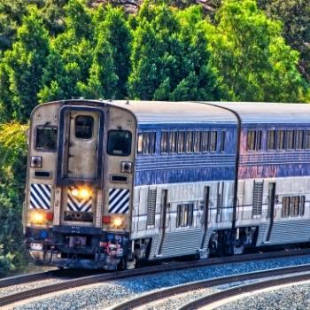 Coast Starlight train-travel-guide