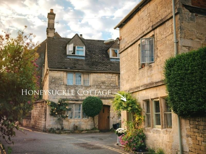 Honeysuckle Cottage in the Cotswolds