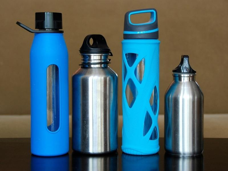 Reusable plastic bottles are a great way to contribute to sustainable travel