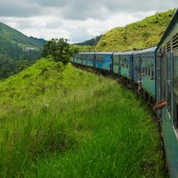 Sri Lanka train-travel-guide