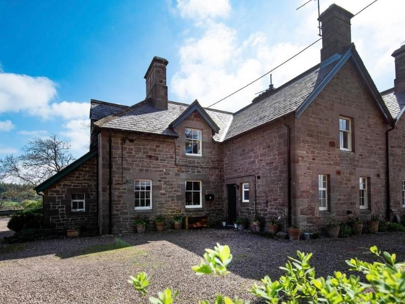 Cosy Cottage in Chillingham Northumberland - Images courtesy of Airbnb