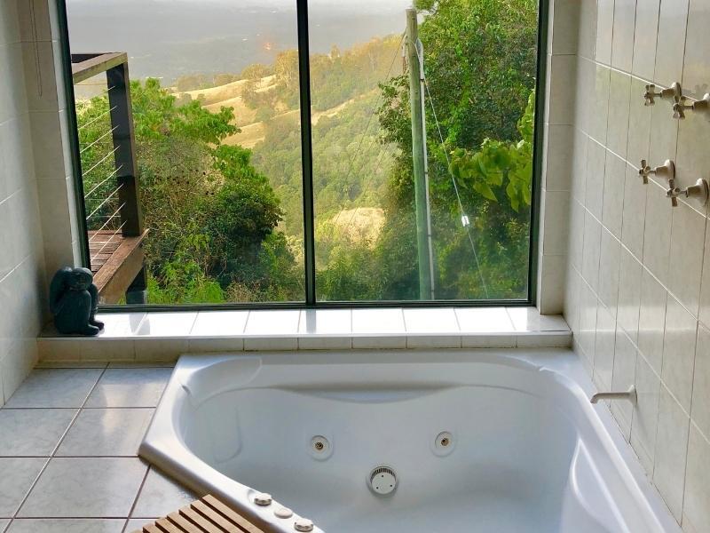 Treetops Seaview Romantic Getaways in Queensland.