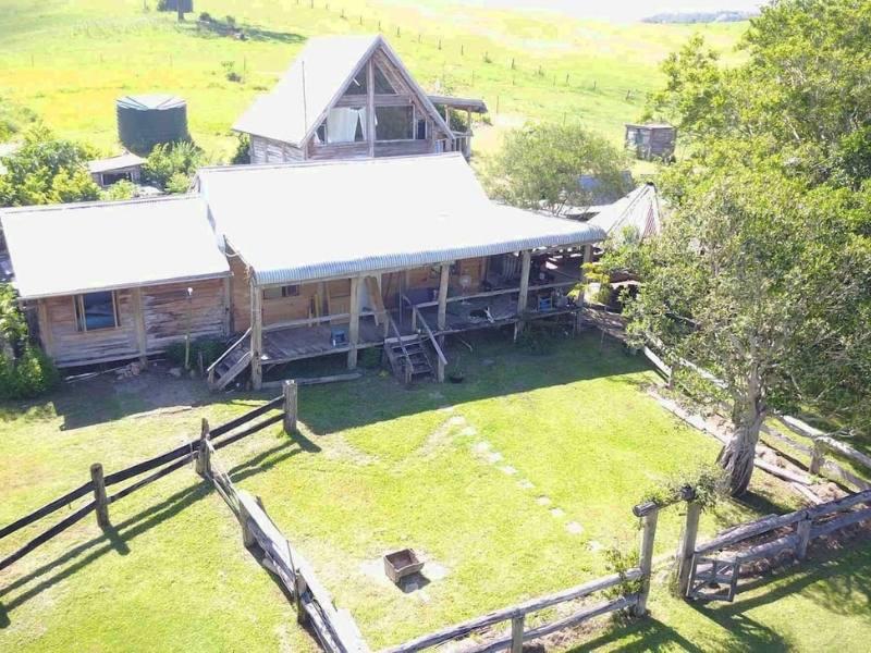 Unique farm escape in Sunshine Coast hinterland