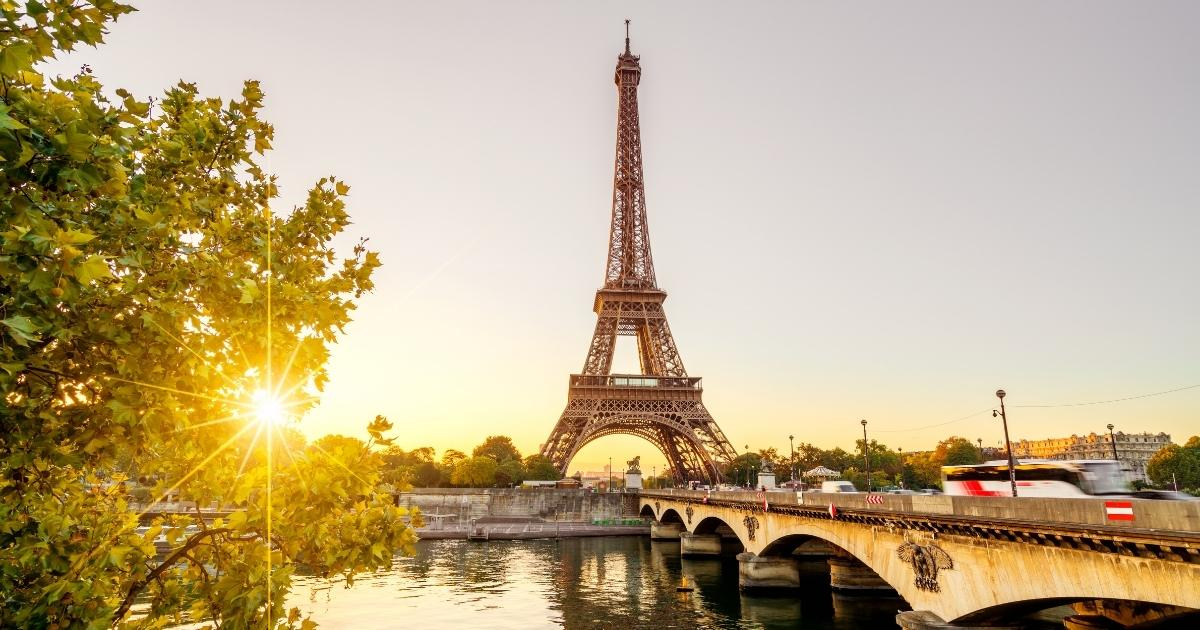 Fabulous French gifts (Best gifts for Francophiles in 2021)