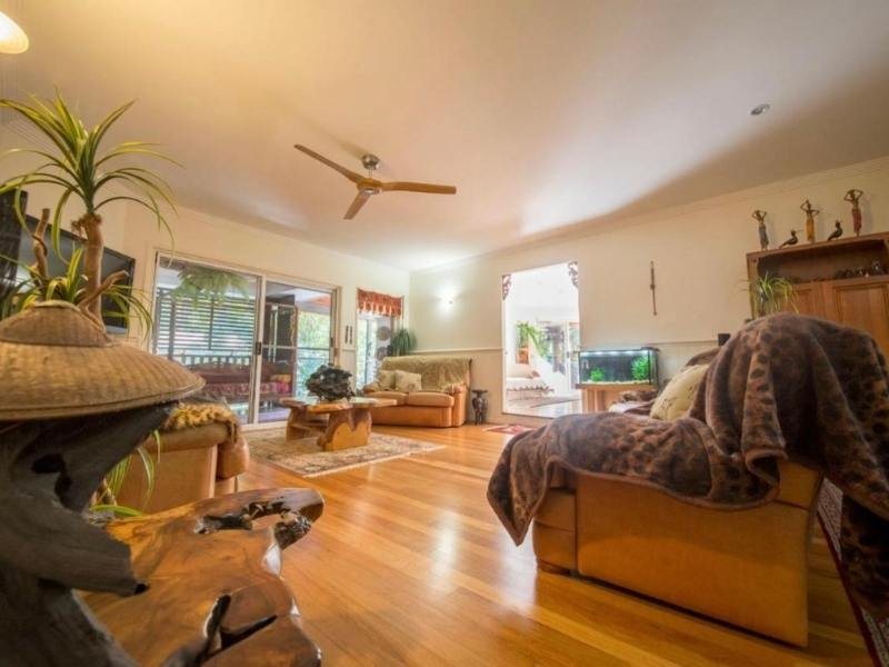 The Treehouse Coolum Beach - Image courtesy of Airbnb